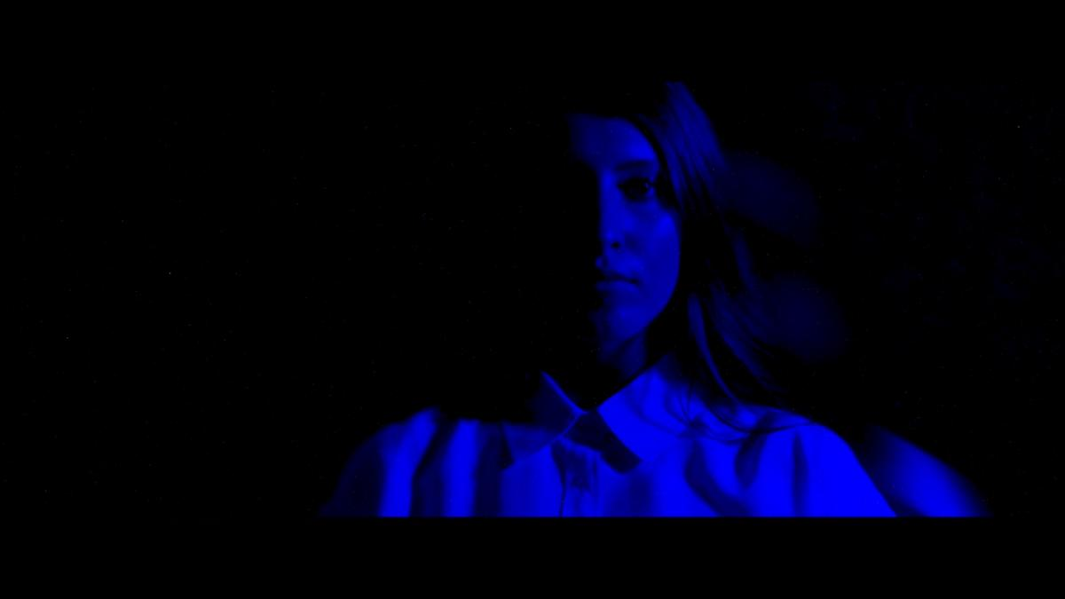 "Lindsey Lomis - ""Feel"" (Official Music Video)"